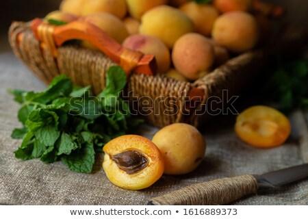 Suculento cesta comida laranja grupo vermelho Foto stock © Melpomene