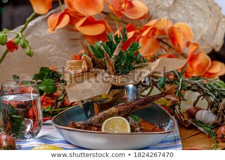 Fresco balde preto comida Foto stock © Arrxxx