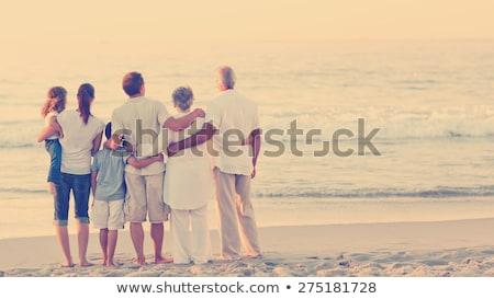 mãe · avô · criança · mar · costa · praia - foto stock © Paha_L