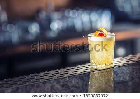 vidro · uísque · escuro · madeira - foto stock © netkov1