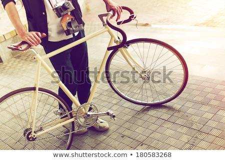 eski · bağbozumu · bisiklet · duvar · paslı · beton - stok fotoğraf © blasbike