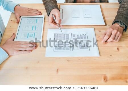 Eller iki genç yeni web siteleri Stok fotoğraf © pressmaster