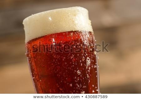 Kırmızı bira cam köpük yalıtılmış beyaz Stok fotoğraf © limpido
