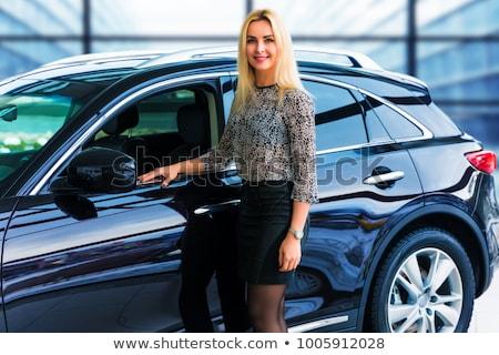 Foto stock: Mujer · de · negocios · prima · coche · abajo · negocios