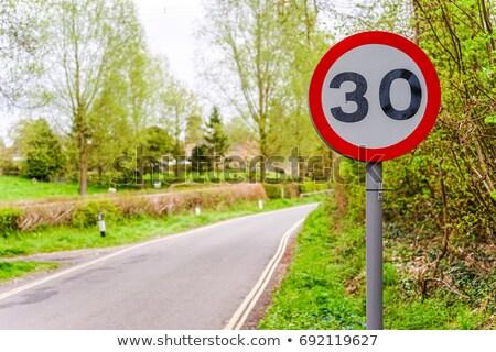30 · hız · limiti · imzalamak · hızlandırmak · yol · işareti · beyaz - stok fotoğraf © latent
