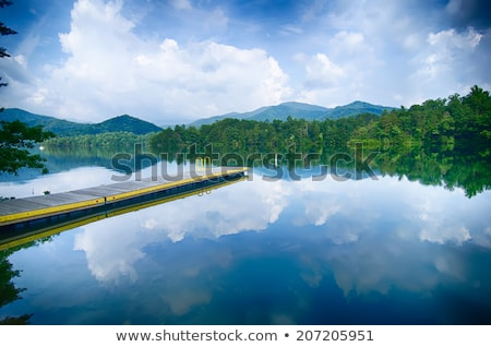 Meer groot rokerig bergen North Carolina wolken Stockfoto © alex_grichenko