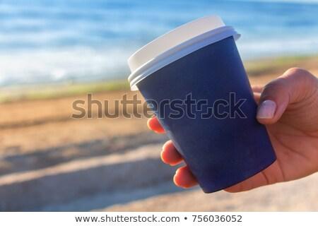 Stockfoto: Beker · koffie · zee · wal · vrouw · hand