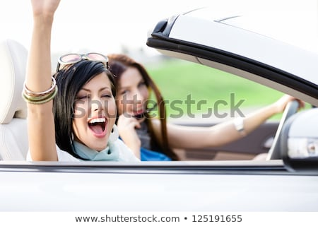 fiatal · nők · fehér · cabrio · autó · vezetés · kettő - stock fotó © boggy
