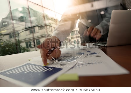 business · teamwerk · prestaties · prestatie · zakenman · werk - stockfoto © tashatuvango