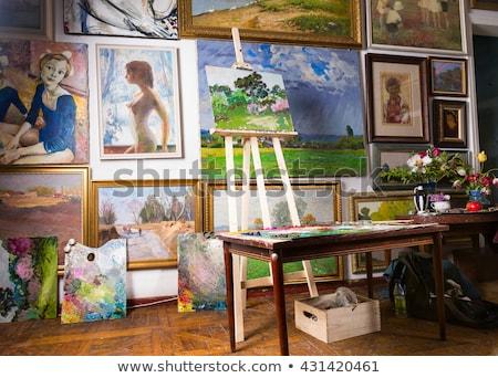 Zdjęcie wiszący galeria sztuki ściany biały tle Zdjęcia stock © stevanovicigor