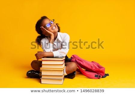 weinig · schoolmeisje · vergadering · boeken · meisje - stockfoto © Nejron