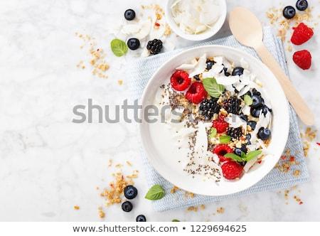 ciotola · cereali · per · la · colazione · bianco · yogurt · alimentare · fragola - foto d'archivio © Digifoodstock