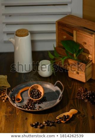 yeşil · fincan · kahve · öğütücü · ahşap · kahve · çekirdekleri - stok fotoğraf © berczy04