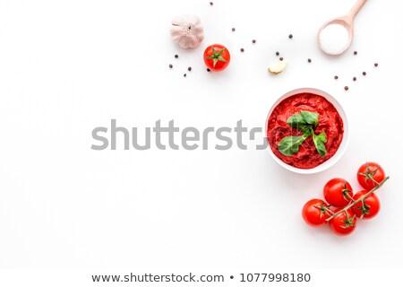 pomodoro · cucchiaio · rosso · basilico · foglie · legno - foto d'archivio © inganielsen