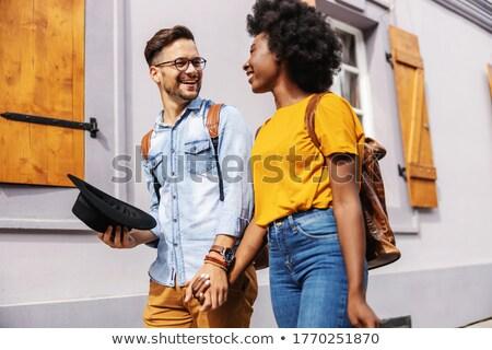 Para spaceru strony trawy człowiek szczęśliwy Zdjęcia stock © photography33
