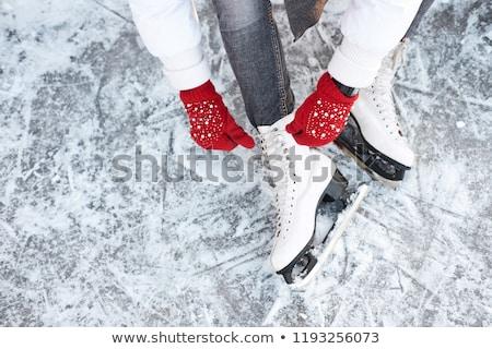 patinaje · joven · congelado · río · deporte · nieve - foto stock © Lighthunter
