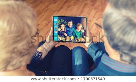 цифровой таблетка видео вызова семьи Сток-фото © HighwayStarz