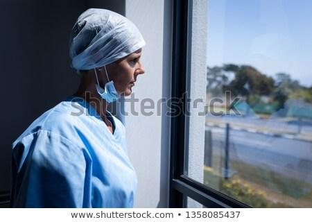 側面図 白人 女性 外科医 見える ウィンドウ ストックフォト © wavebreak_media