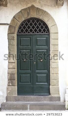 oude · binnenstad · groene · deur · houtstructuur · majorca - stockfoto © tiero