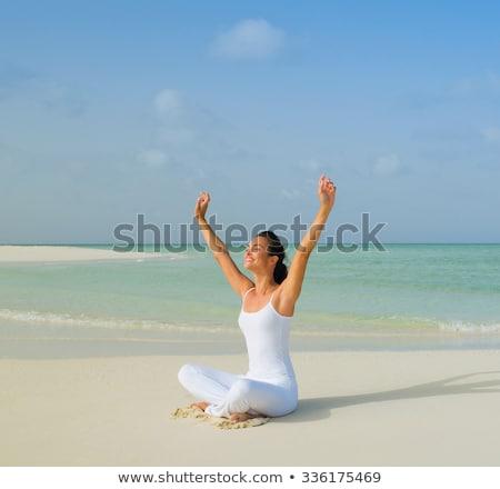 Foto d'archivio: Sani · donna · yoga · studio · isolato · ragazza