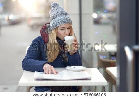 fiatal · nő · olvas · újság · asztal · kávé · fehér - stock fotó © Rob_Stark