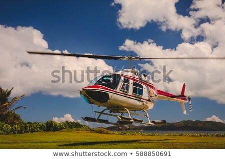 Helicóptero aterrissagem campo azul Foto stock © Balefire9