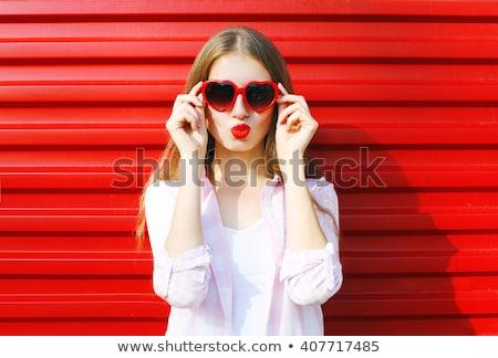 Foto stock: Menina · lábios · vermelhos · belo · mulher · jovem · completo · penteado
