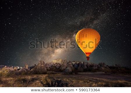 Hőlégballon sivatag illusztráció égbolt lány háttér Stock fotó © bluering
