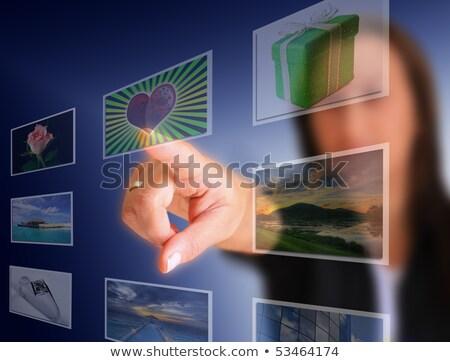 jongeren · man · vrouw · technologie · gadget · smartphone - stockfoto © robuart
