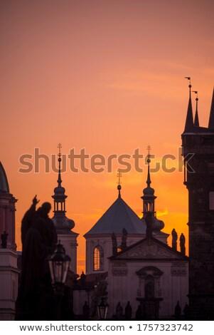 Praag zonsopgang ochtend hemel brug gebouw Stockfoto © martin33