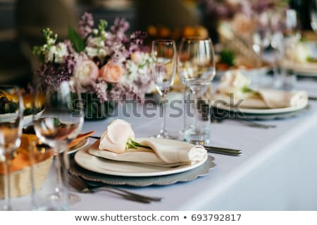 gedekt · eettafel · wijnglazen · glas · restaurant · bureau - stockfoto © pixpack