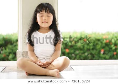 criança · meditando · jovem · tropical · jardim · menina - foto stock © allihays