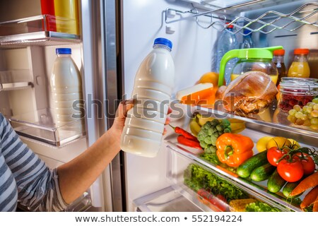 Refrigerador completo saludable abierto frutas Foto stock © AndreyPopov