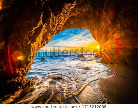 largo · cola · barco · playa · puesta · de · sol · sol - foto stock © vapi