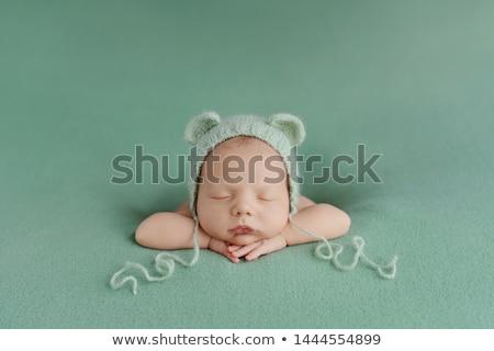 Sevimli bebek dinlenmek portre kırmızı Stok fotoğraf © luckyraccoon