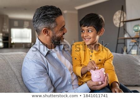 Spaarpot hand munt geld winkelen veiligheid Stockfoto © fantazista