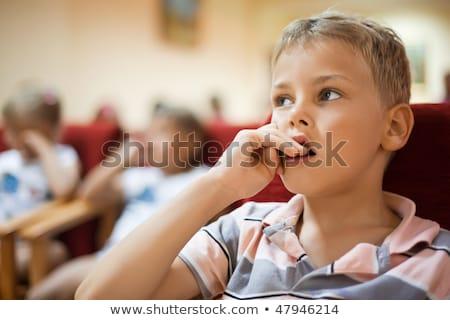 мальчика сидят кино кресло пальцы Сток-фото © Paha_L