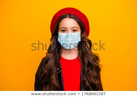 Schoolmeisje krulhaar ernstig meisje Stockfoto © Giulio_Fornasar