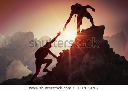 Csapatmunka pár mászik kirándulás segítő kéz bizalom Stock fotó © blasbike