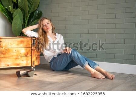 ファッショナブル 女性 ブロンド 青 ボックス 古い ストックフォト © dmitriisimakov