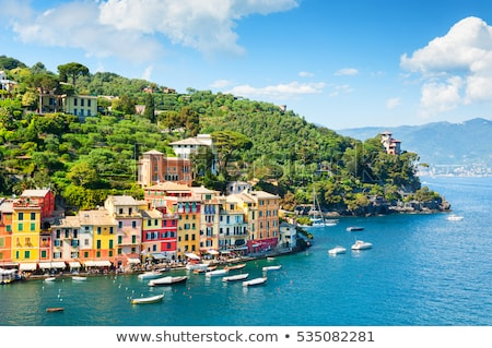 Foto stock: Italia · vista · edificios · agua · mediterráneo
