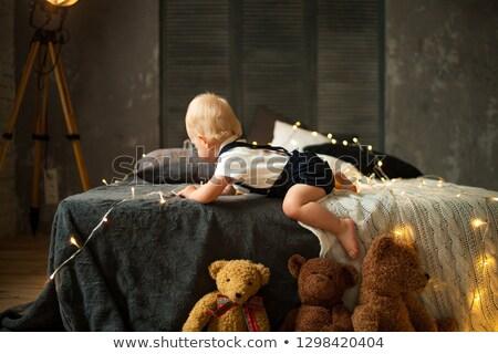 ребенка мальчика гирлянда полу Сток-фото © Stasia04