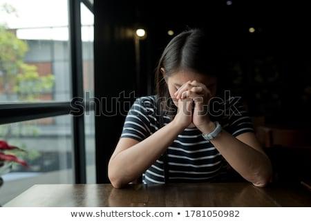 женщину молиться сложенный рук молодые Сток-фото © lichtmeister