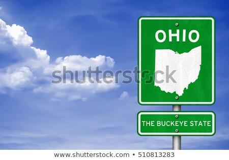 Ohio autópálya tábla zöld USA felhő utca Stock fotó © kbuntu