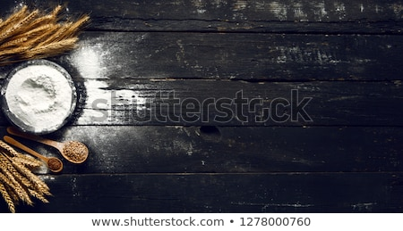 Gabonapehely csendélet teljes kiőrlésű liszt fából készült kanalak Stock fotó © MKucova