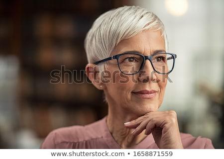 młodych · atrakcyjna · kobieta · twarz · portret · myślenia · młodzieży - zdjęcia stock © saswell