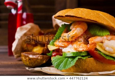 Crevettes Burger tomate laitue fond Photo stock © joker