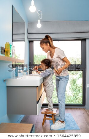 banheiro · casal · limpar · rosa · fresco · juntos - foto stock © ozgur