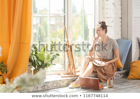 mulher · jovem · pintar · branco · mulher - foto stock © is2