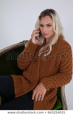 トランスジェンダー 女性 携帯電話 座って 椅子 電話 ストックフォト © wavebreak_media